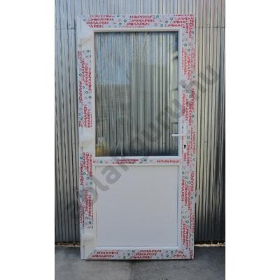 100x210 Műanyag bejárati ajtó öt kamrás profilból - Egy vízszintes osztóval - átlátszó üveggel - BAL - Befelé nyíló - (Gyártási méret: 98x208)
