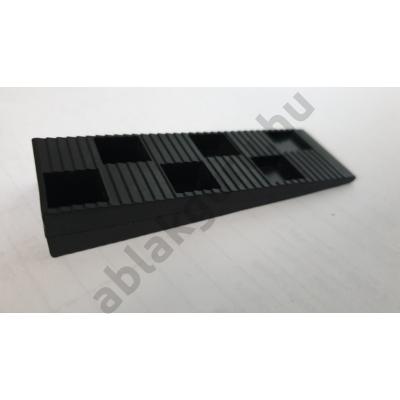 Műanyag beépítő ék ablakok beállításához
